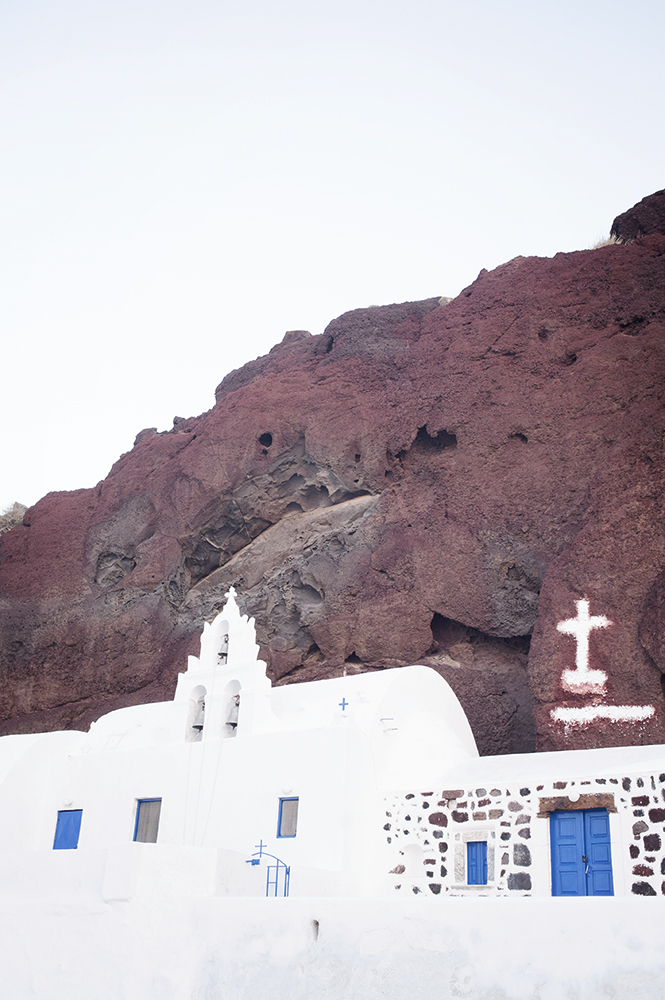The famous Red Beach on the greek island of Santorini