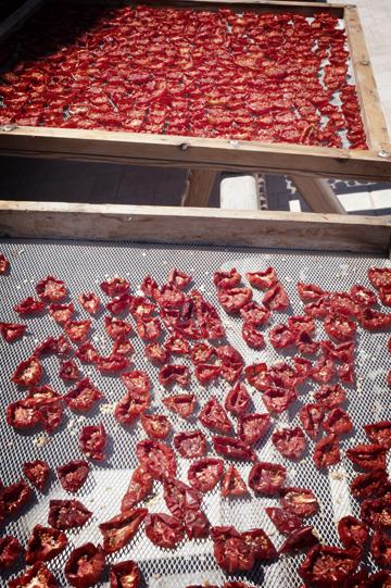 Faros Market: Organic traditional Food in Santorini